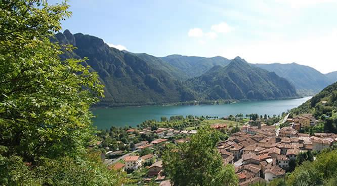 Il lago d'Idro visto dal Residence Elettra