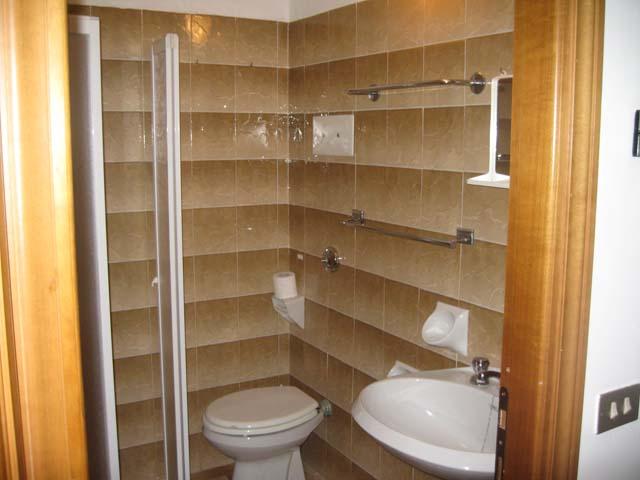 <b>Ogni appartamento è provvisto di servizi interni</b>
